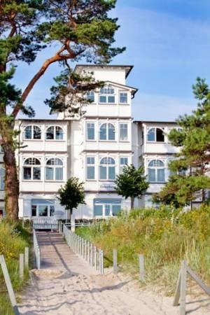 hotel villa belvedere und appartements strandpromenade 37 18609 binz hotel. Black Bedroom Furniture Sets. Home Design Ideas