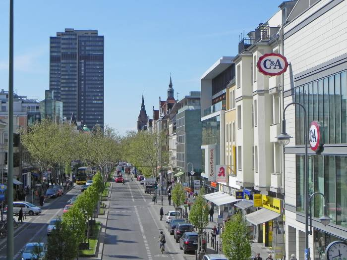 geschäfte schlossstrasse berlin