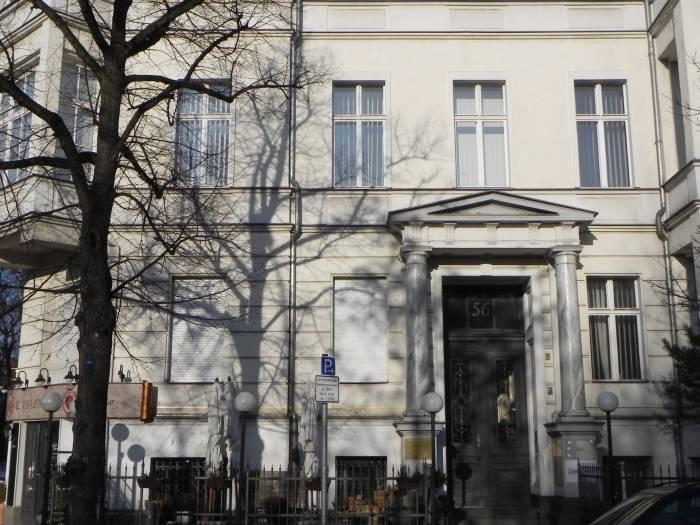 Kurfürstenstraße Berlin Tiergarten Möbel Hübner Zwölf Apostel