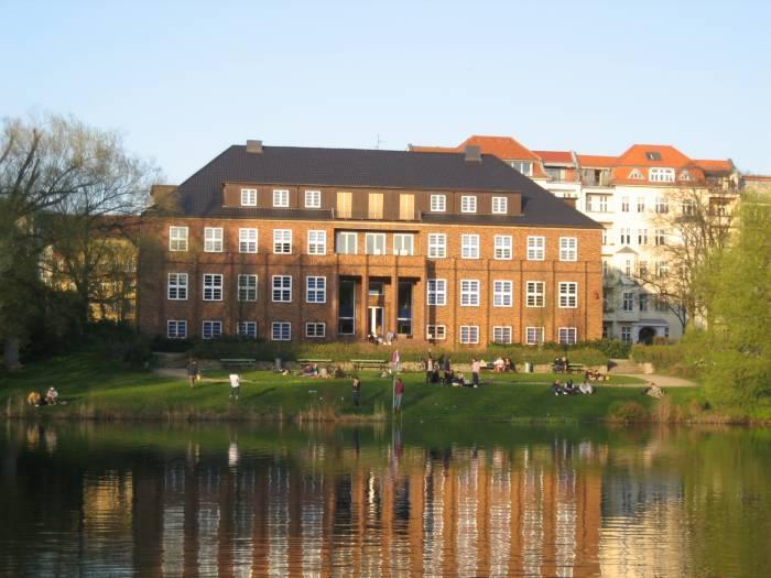 Kuno Fischer Platz Berlin Charlottenburg Lieztensee
